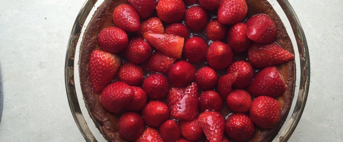 Leichte Erdbeer-Topfen-Torte
