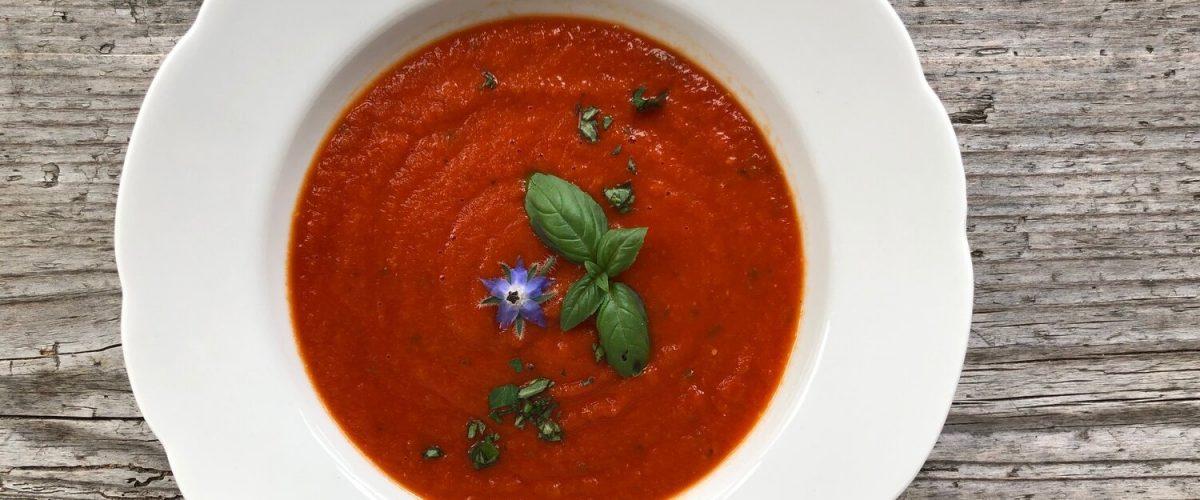 Blitzschnelle Paradeis-Suppe