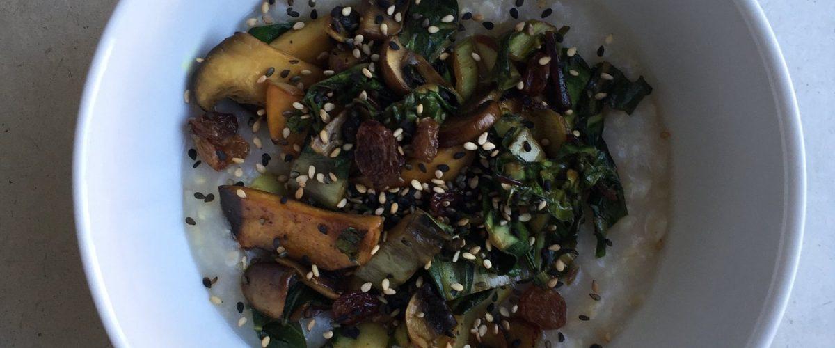 Reis-Congée mit Mangold und Pilzen