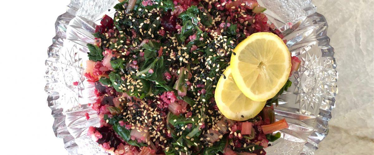 Mangold-Quinoa-Salat mit Roter Rübe